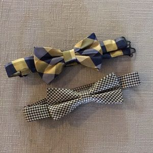 2 youth bow ties